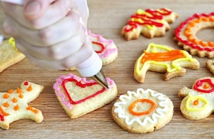 how to host a successful cookie decorating party